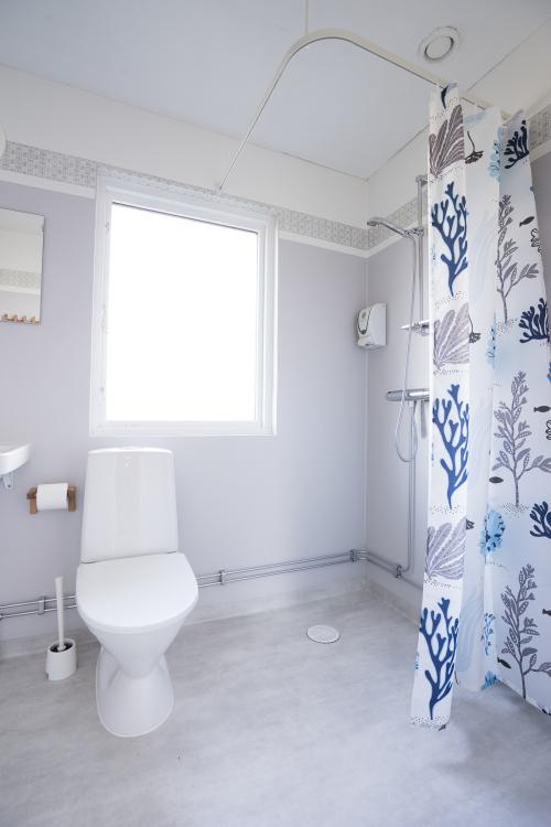 2018-03/toalett-10a